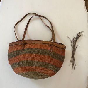 Vintage Straw Zipper Handbag